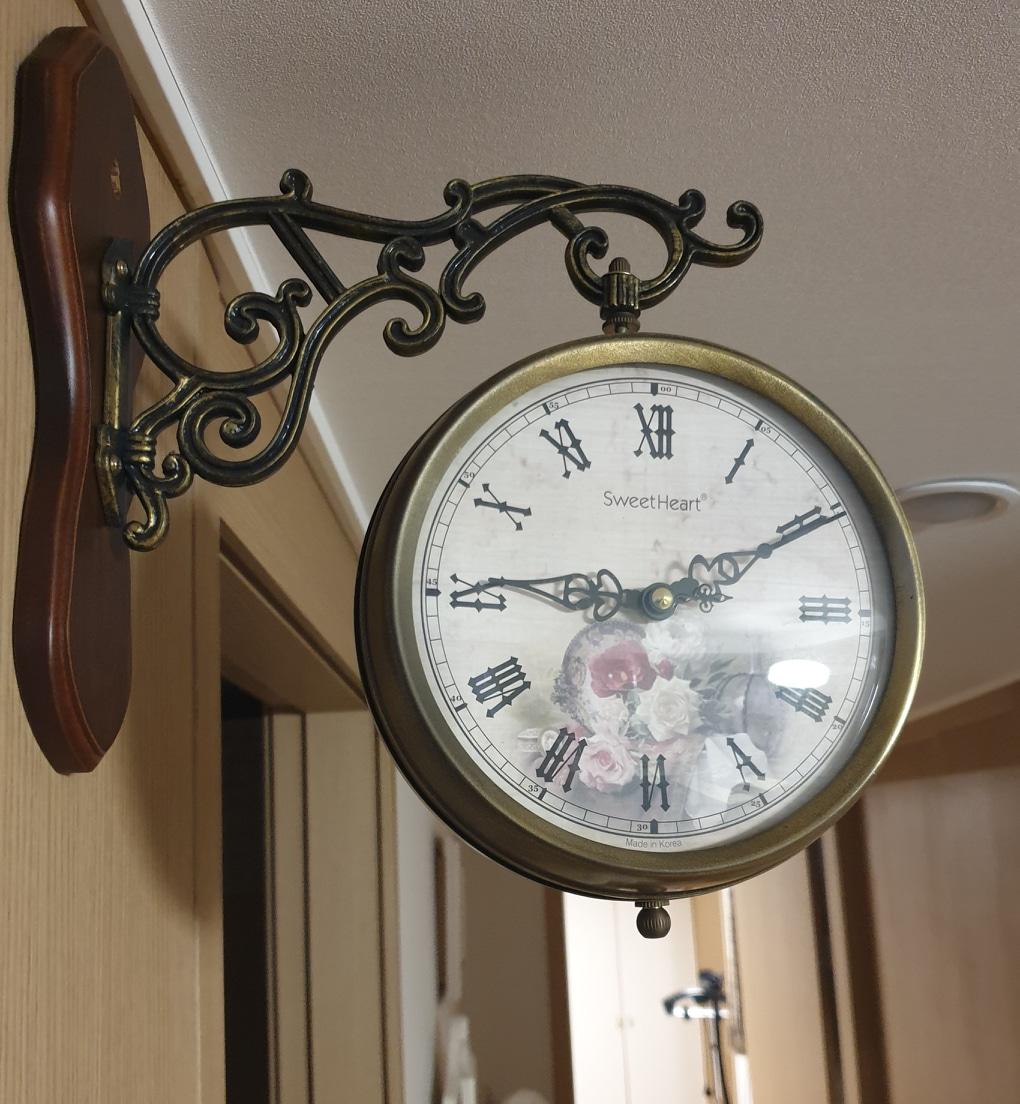 엔틱 양면 벽걸이시계