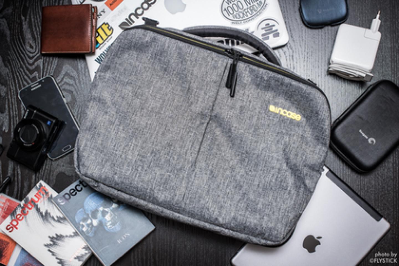 인케이스 맥북 15인치용 크로스백 (노트북가방 서류가방)