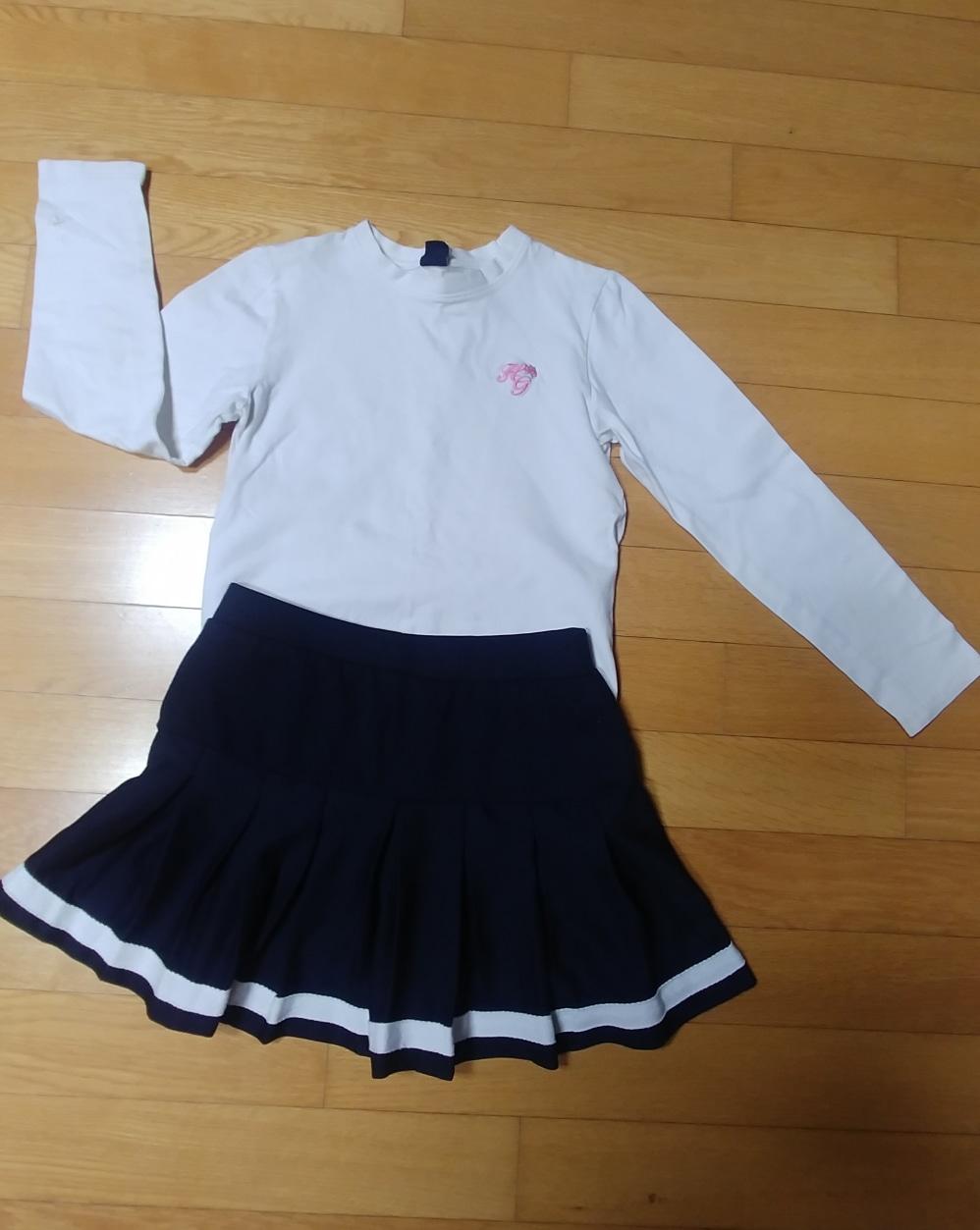헌트 화이트 티셔츠140/주름 스커트150(11~12세)