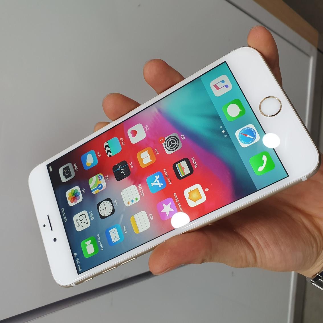 아이폰6s플러스 16G 골드판매합니다.
