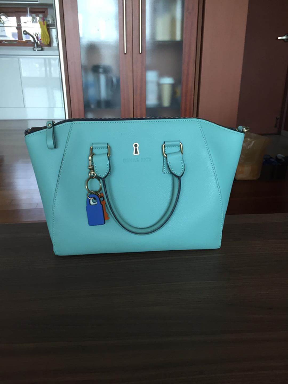 가벼운 가방