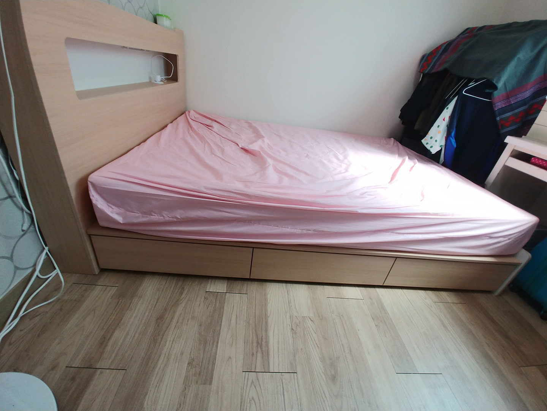 퀸사이즈 수납형 침대 판매합니다
