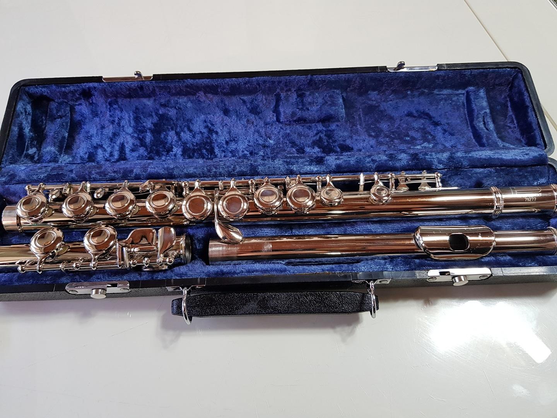 플룻 Flute