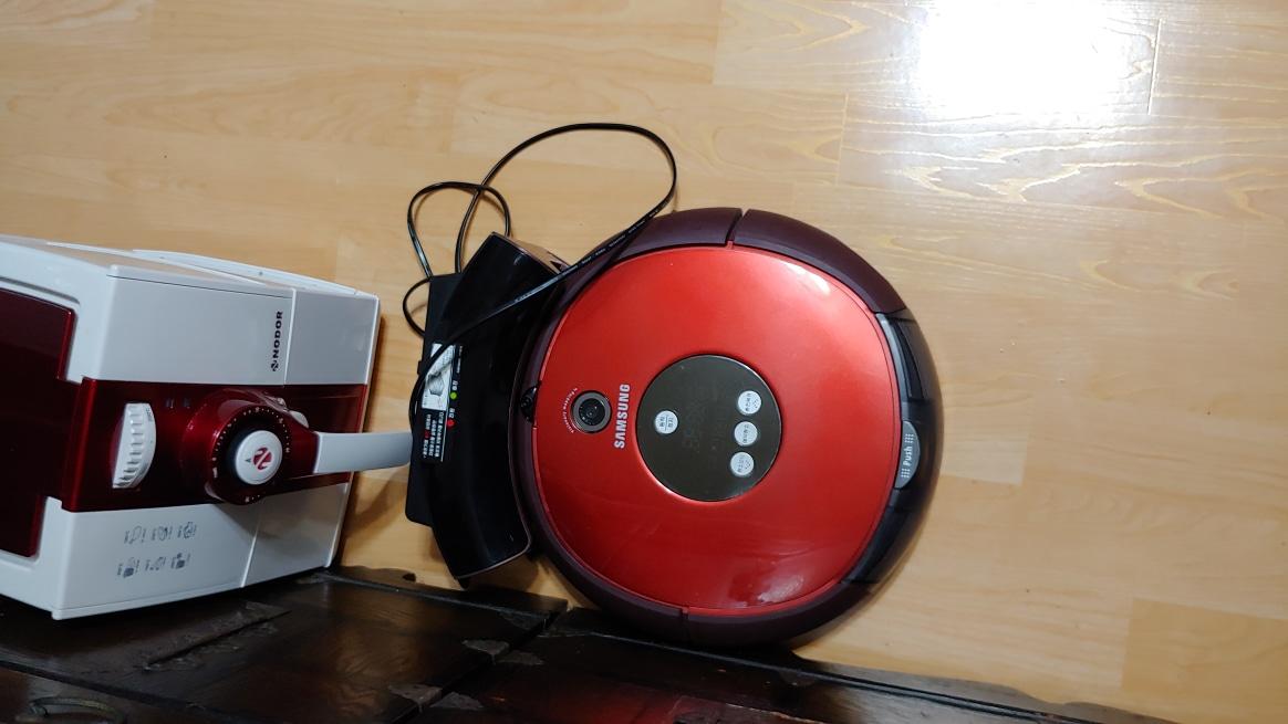 로봇 청소기