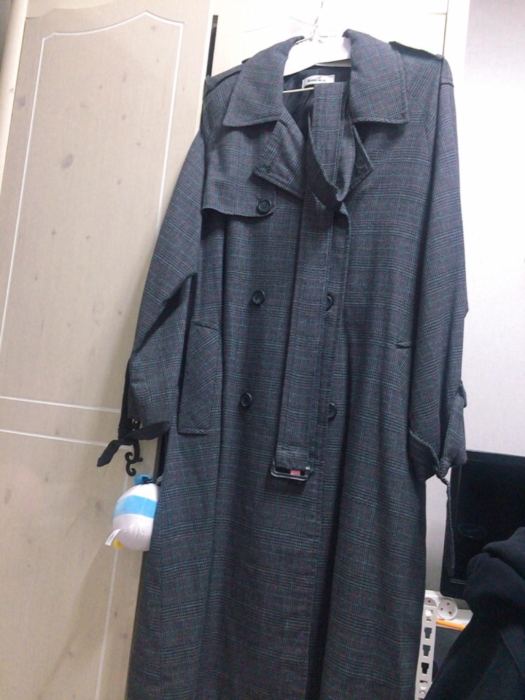 봄 가을 용 트렌치 코트 넘겨요 :)