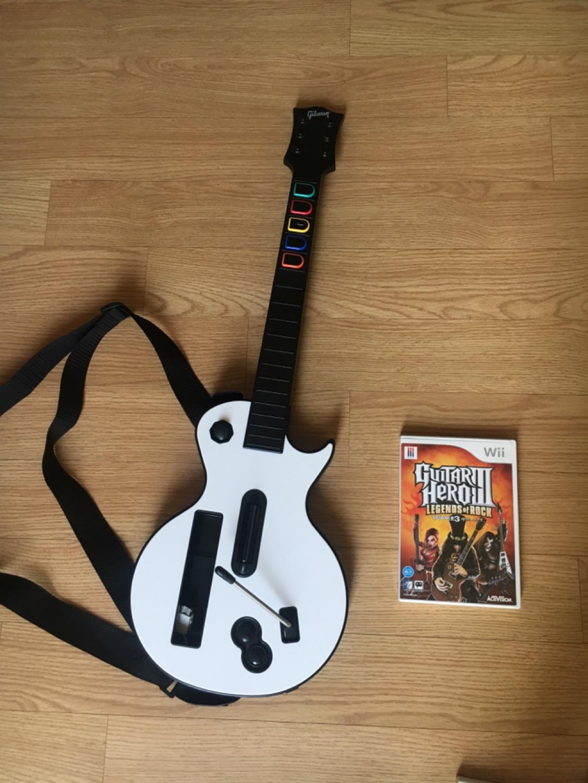 닌텐도 위 기타히어로3 레전드 오브 락+기타콘