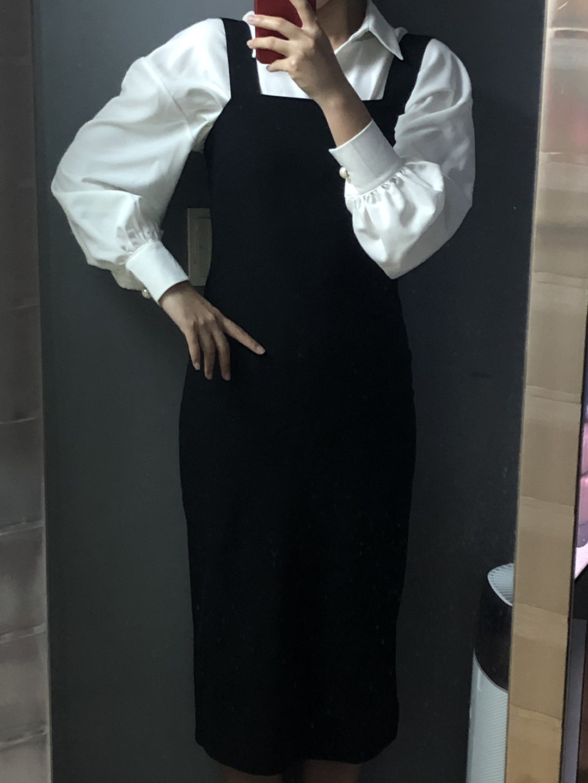 예쁜 블라우스와 치마 깨긋함 한번입은 세옷