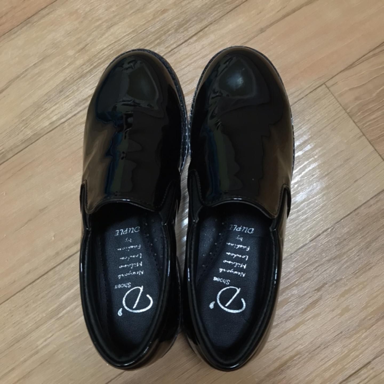 사이즈:230)신발 팝니다.