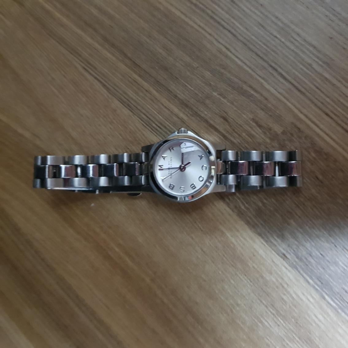 마크제이콥스 시계.