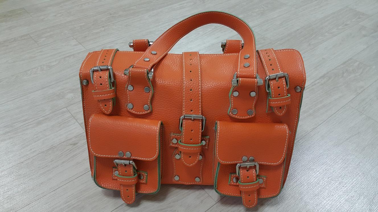 가방입니다.