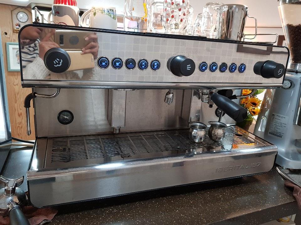 커피숍. 기계. 셋트
