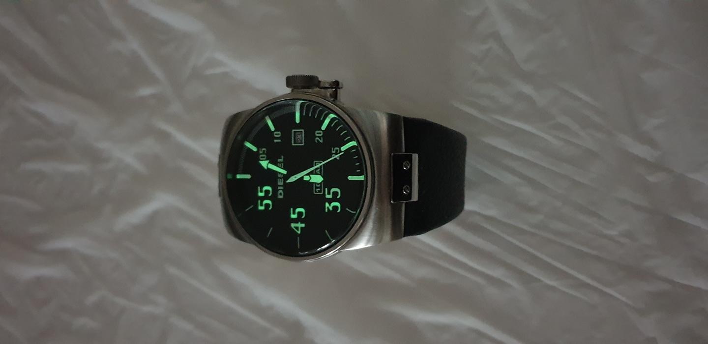 디젤  시계