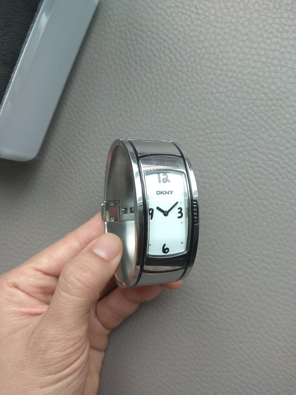 DKNY 정품 손목시계