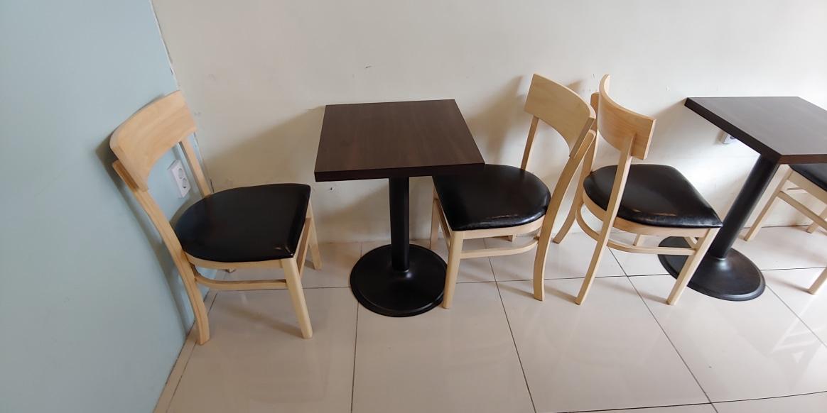 카페 테이블 의자 팝니다