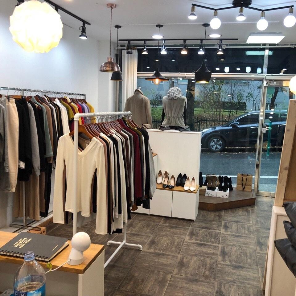 대전 서구 갈마동 쇼핑몰 사무실 & 옷가게 상가