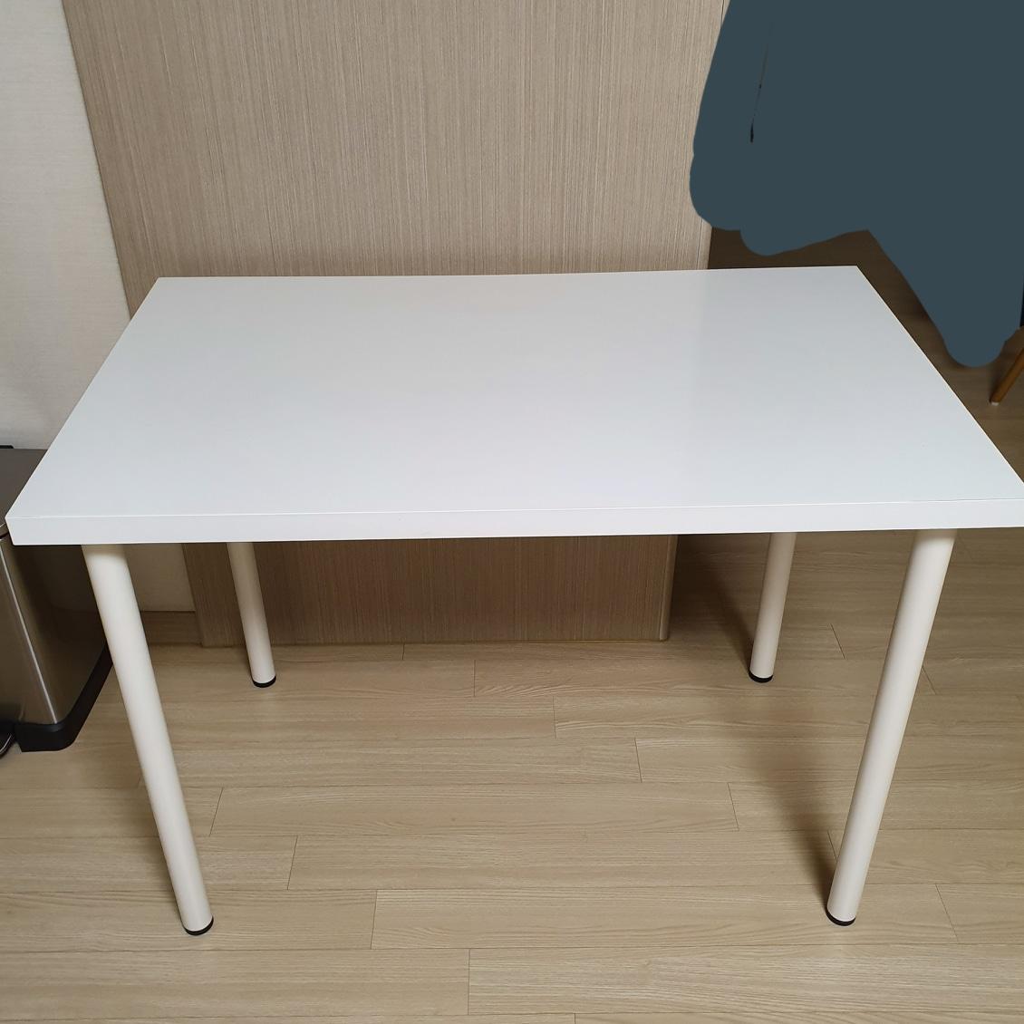 이케아(IKEA) 책상 판매합니다