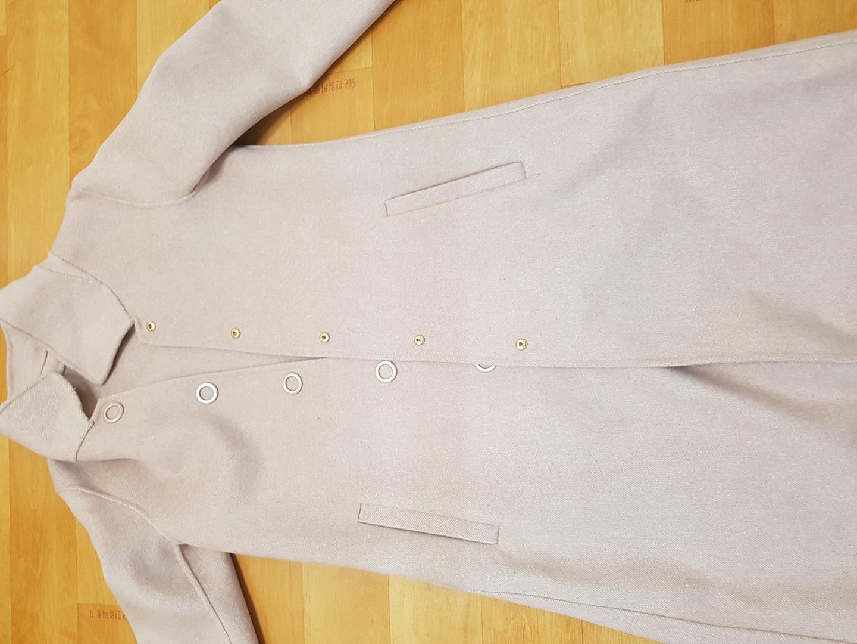 봉가을  코트