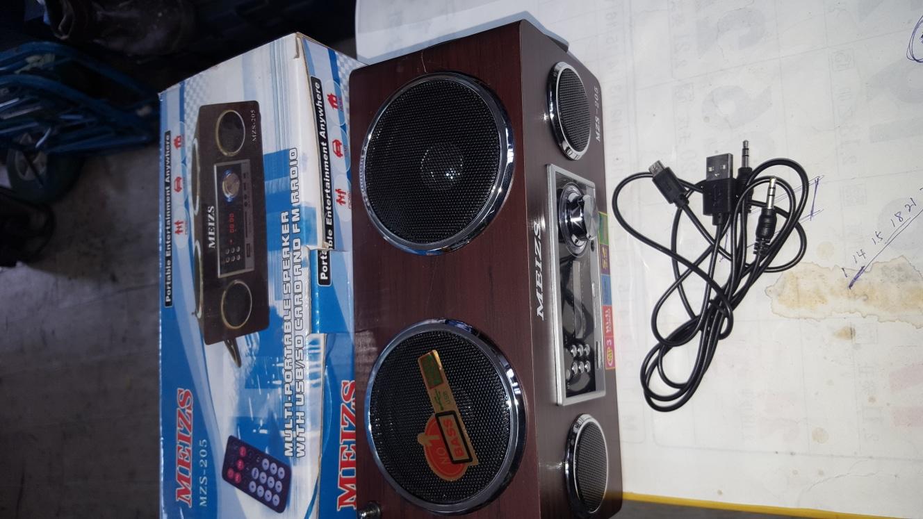 라디오.MP3.USB.SD.