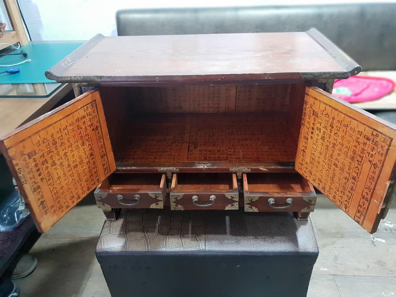 고가구 테이블 오래된 고가구 인테리용으로 쓰세요..