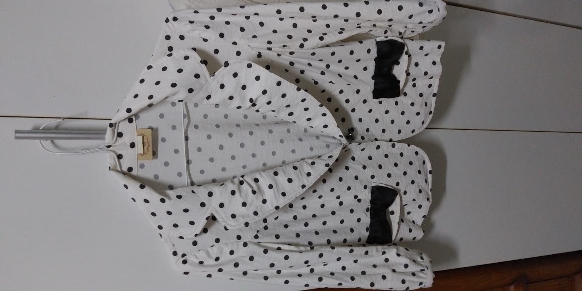 여름자켓 2벌 55ㅡ마른66 흰색(ZISHEN)