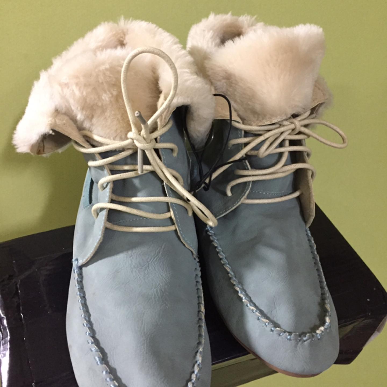 에잇세컨즈 여성신발 택도 안뗀 새제품