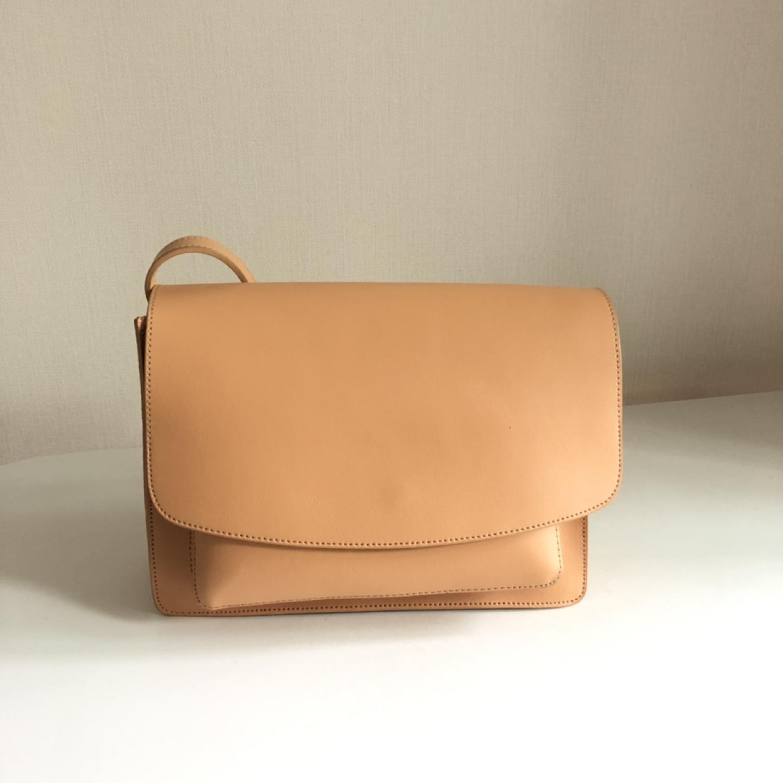 크로스백 가방 깨끗한 상태!