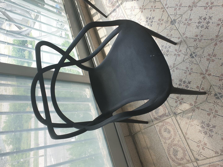 의자 2개 12,000원 팜니다