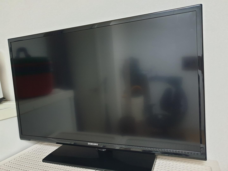 삼성 32인치 LED TV (NU32H4030AF) TV+리모콘