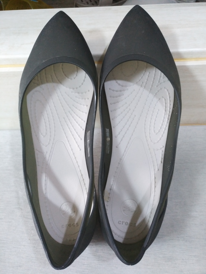 크록스 여자 블랙 플랫 230~235