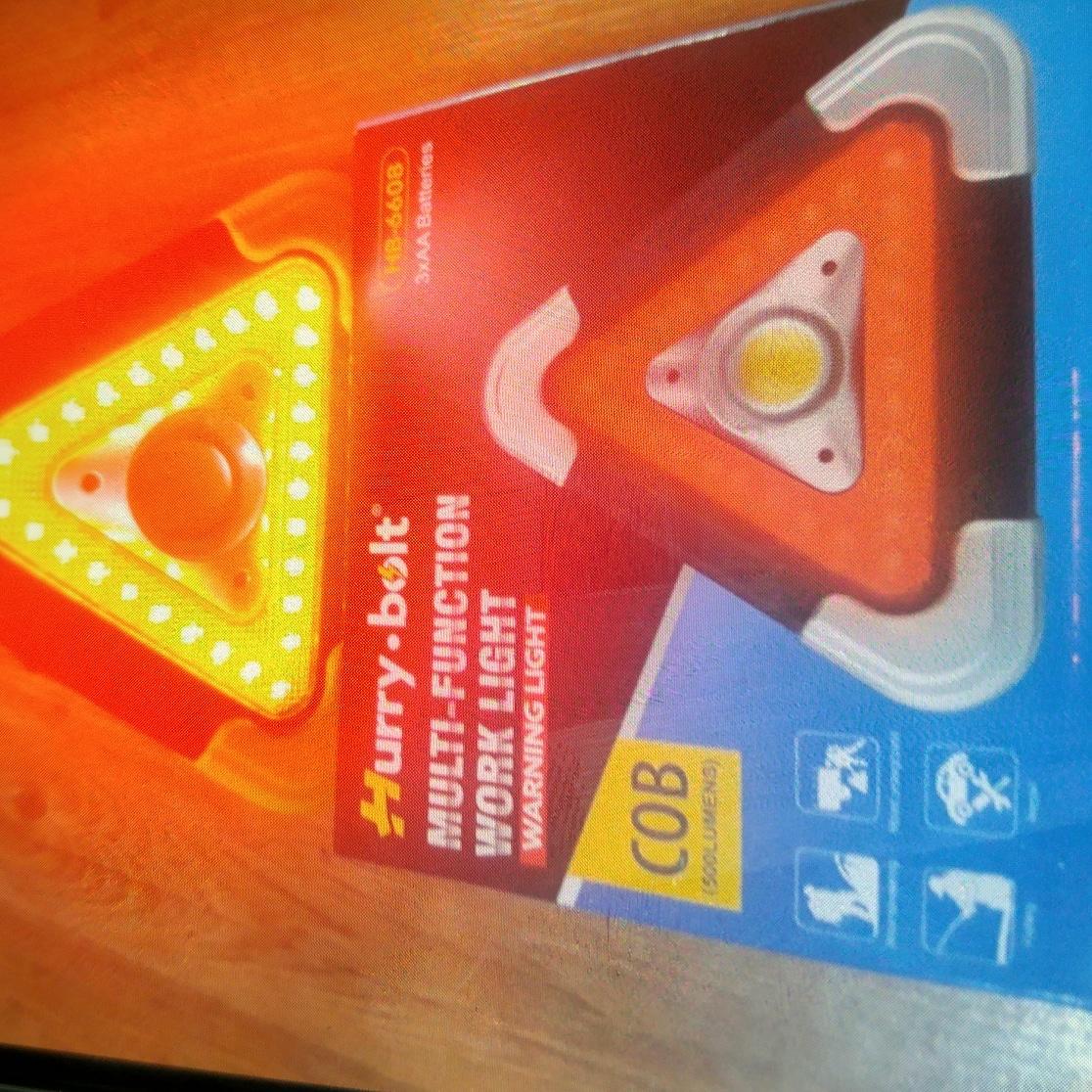 차량용 필수용품 LED 멀티 안전삼각대(새상품)