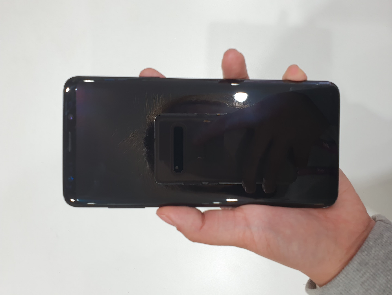 갤럭시 s9+ a급팔아용 네고가능!