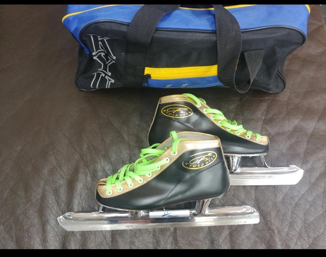 빙상 스케이트 215mm 중고 판매 합니다.