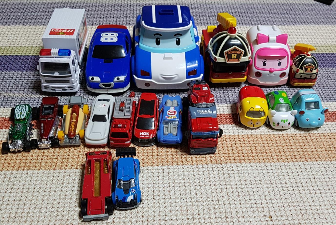 자동차 장난감