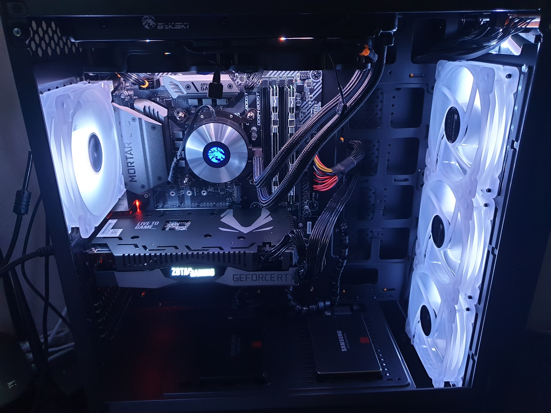 i7-8700 rtx2060 컴퓨터 본체