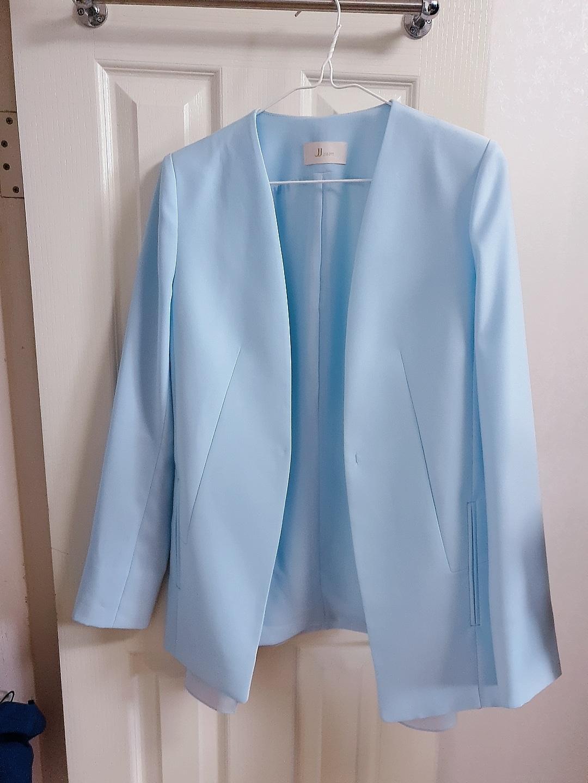 JJ 지고트 브랜드 자켓 새 것) 요즘 입기 딱 좋은 스카이블루 고운 자켓♡♡♡