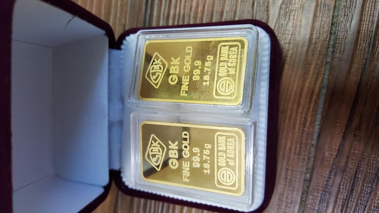 금 10돈