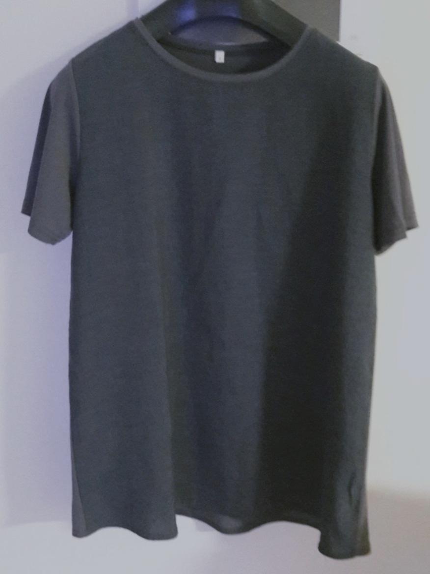 77사이즈 티셔츠2개