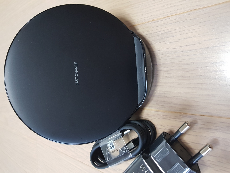 삼성 무선충전기 ep-n5100