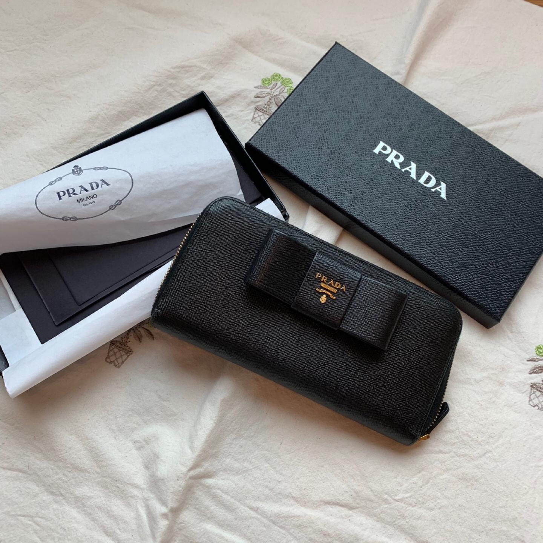 프라다 장지갑