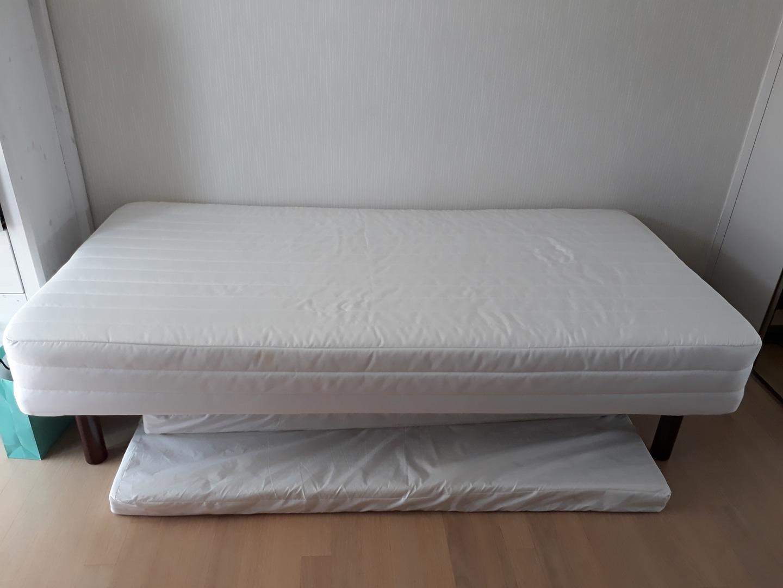 무인양품 일체형 침대
