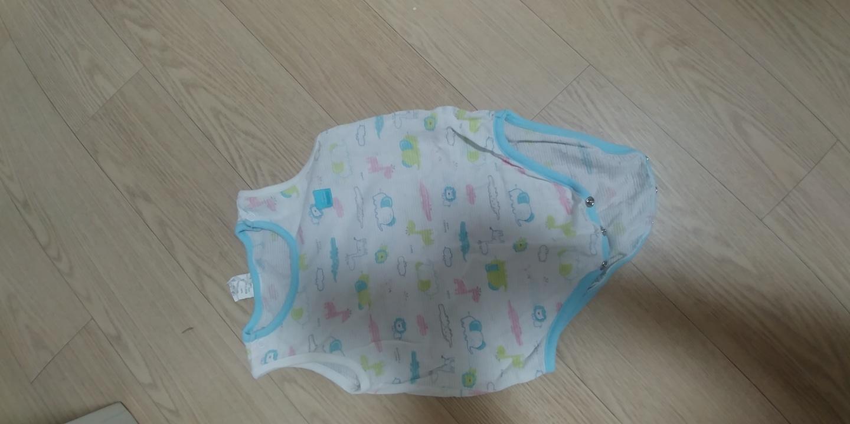 아기옷 드림합니다.