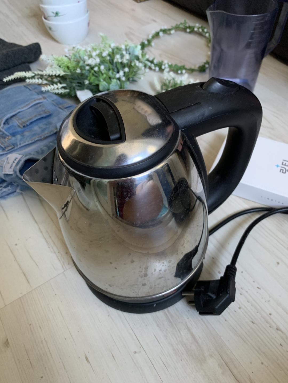 전기 포트 (물 주전자)