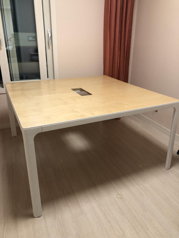 이케아 베칸트 테이블