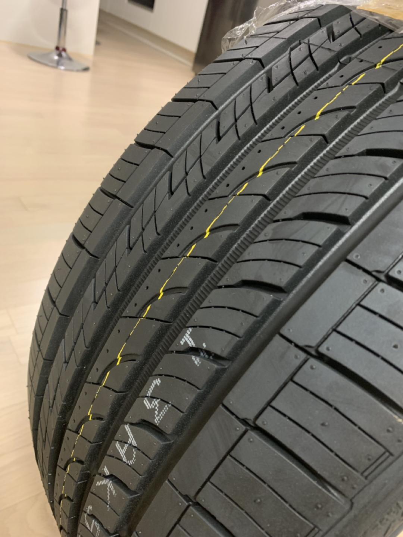 넥센타이어 NFERA AU5 새 타이어 팝니다