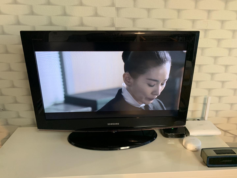 LCD TV 티비 내놔요
