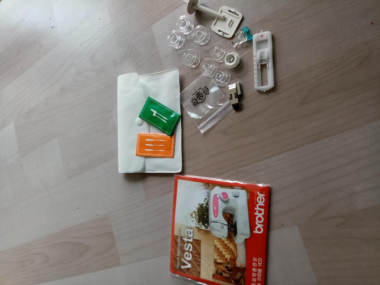 브라더 가정용 Vesta 부품  및CD
