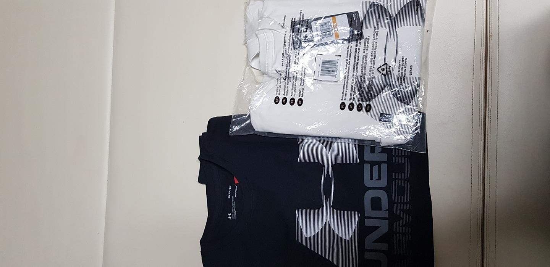 언더아머 반팔s  95사이즈 새상품 검정, 흰색