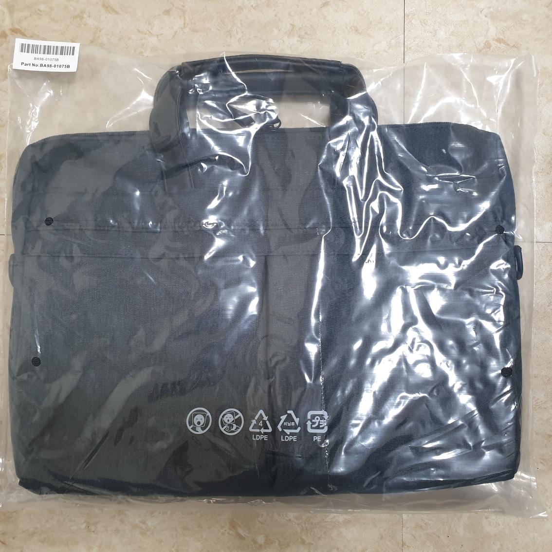 [새제품] 15인치 노트북 가방