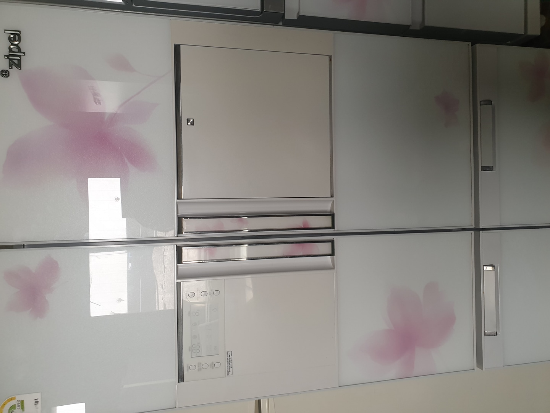 냉장고 김치냉장고입니다