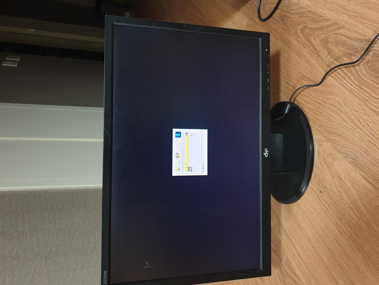 LCD 모니터 판매합니다.